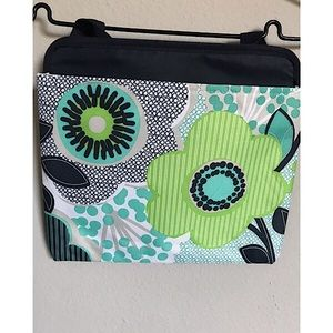 Oh Snap Pocket by Thirtyone